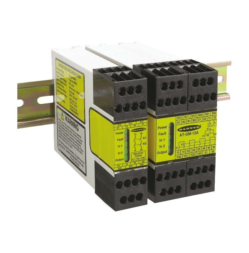 SG Series Two Hand Control Safety Module | Banner on